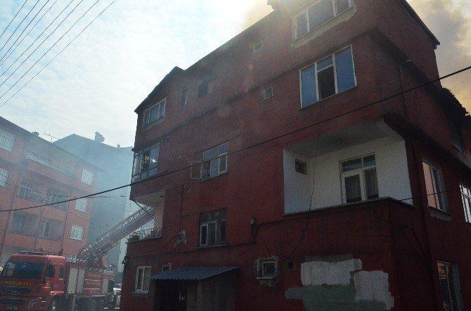 Üniversite Öğrencisinin Evinde Yangın Çıktı