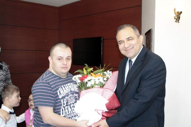 21 Mart Dünya Down Sendromlular Farkındalık Günü