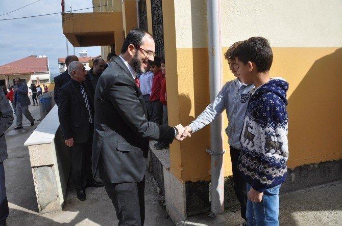 Başkan Ayaz, Okul Ziyaretlerine Devam Ediyor
