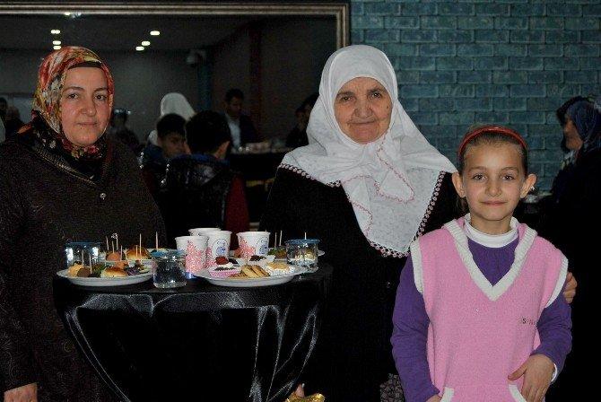 Çorum Belediyesi Şehit Ve Gazi Yakınlarını Unutmadı