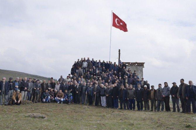 Türk Bayrağı Uludere'de De Dalgalanacak