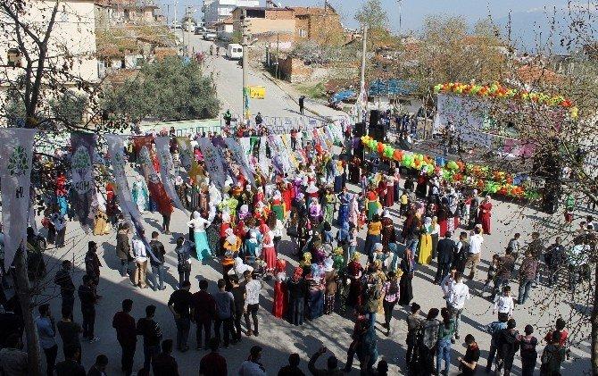 Denizli'de Nevruz'a Sönük Kutlama