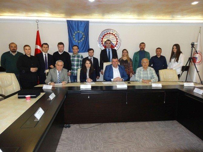 Doğu Karadeniz'deki Otel Yöneticilerine Eğitim