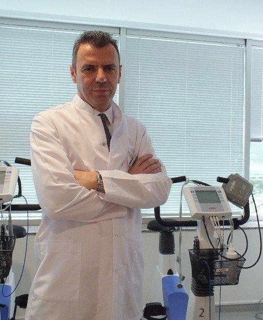 Protez Ameliyatı Sonrası Fizik Tedavi Büyük Önem Taşıyor