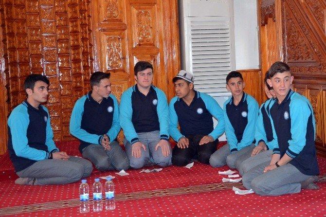 Genç Bilaller Kelkit'te Yarıştı