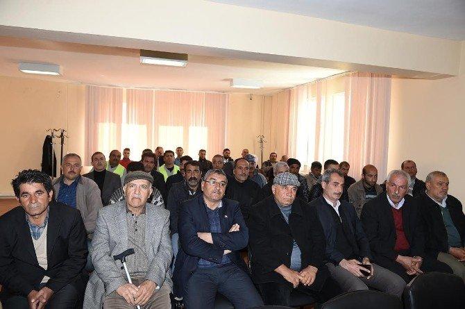 Kale İlçesinde Bilgilendirme Toplantısı Yapıldı