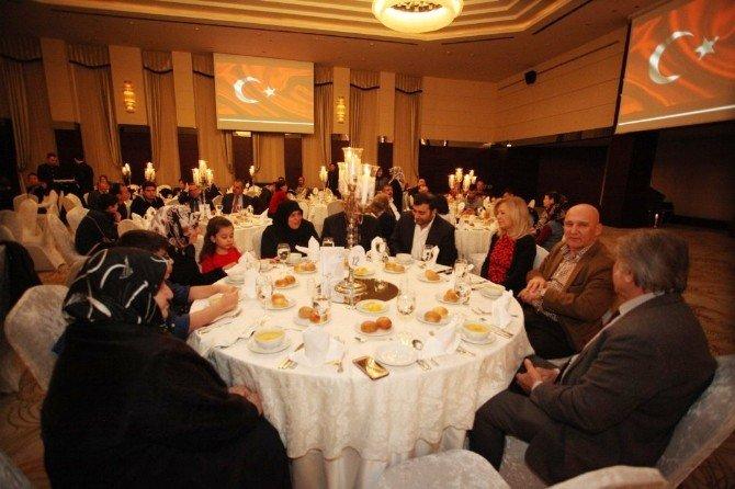 Başkan Altınok Öz, Şehit Aileleri İle Bir Araya Geldi