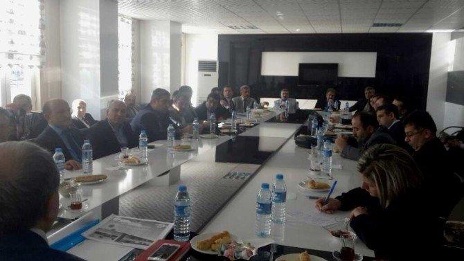Meslek Lisesi Müdürleriyle Bilgilendirme Toplantısı Yapıldı