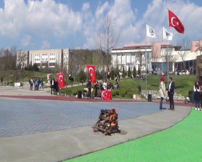 Türk Bayrağı Altında Nevruz Horonla Kutlandı