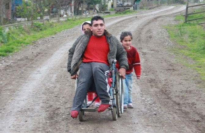 Samsun'da Engeli Vatandaşın Yol Talebi