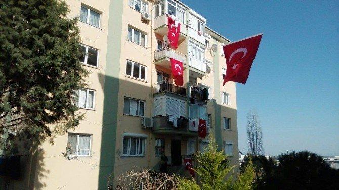 Şehit Ateşi İzmir'i Yaktı