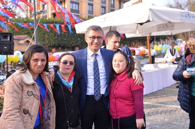 Üsküdar'da Down Sendromlu 11 Genç İş Sahibi Oldu