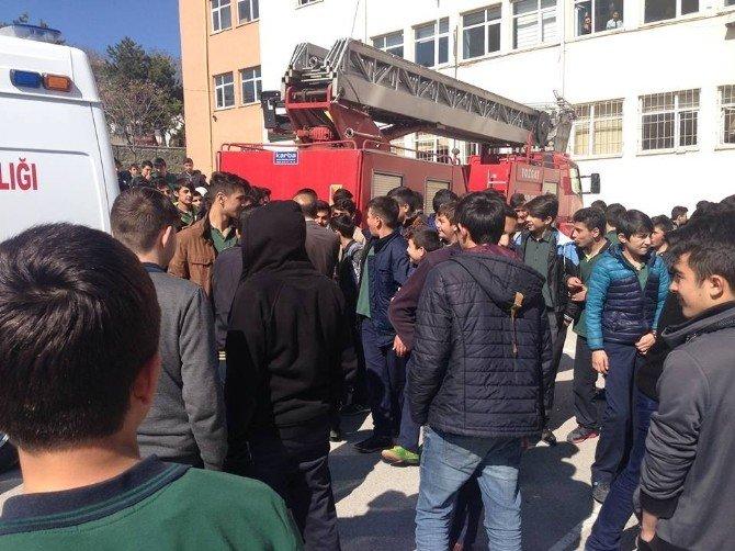 Yozgat Anadolu İmam Hatip Lisesi'ndeki Tatbikat Gerçeği Aratmadı