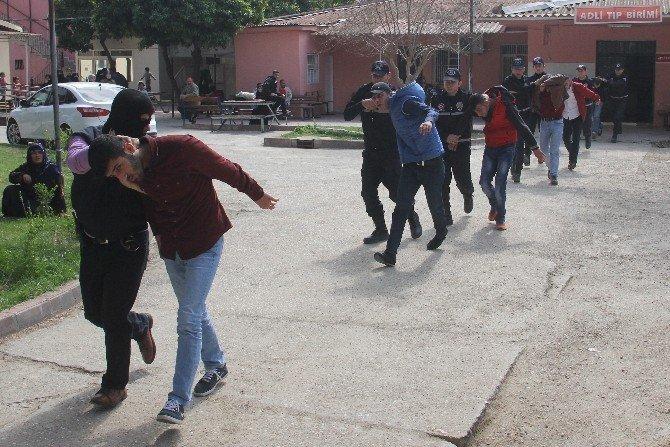 PKK Yandaşlarına 19 Tutuklama