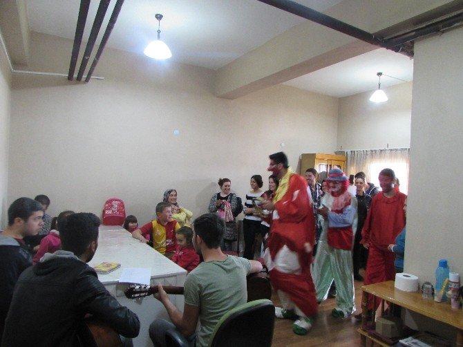 Alaplı Kredi Ve Yurtlar Kurumu Öğrencilerinden Rehabilitasyon Merkezine Ziyaret