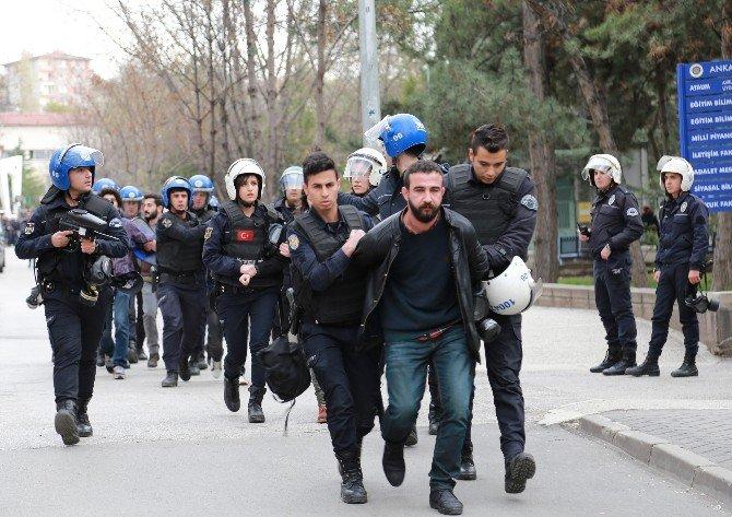 Ankara Üniversitesi'nde Gerginlik
