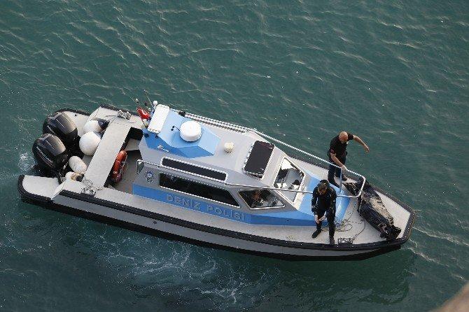 Antalya'da Falezlerde Ceset Bulundu
