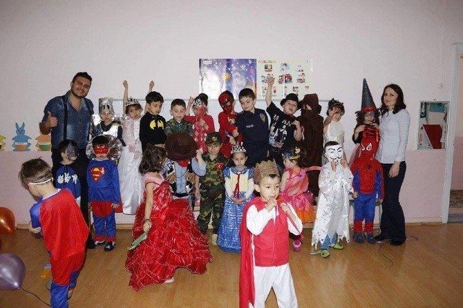 Atatürk İlkokulu Ana Sınıfında İlk Kez Kostüm Partisi Düzenlendi