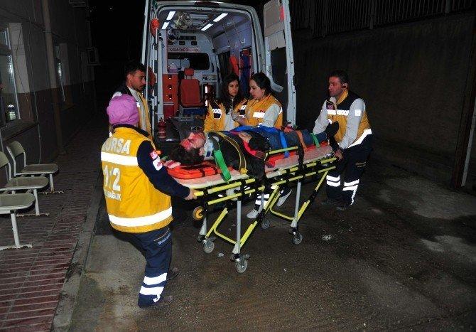 Bursa'da Kaza: 1'i Ağır 2 Yaralı