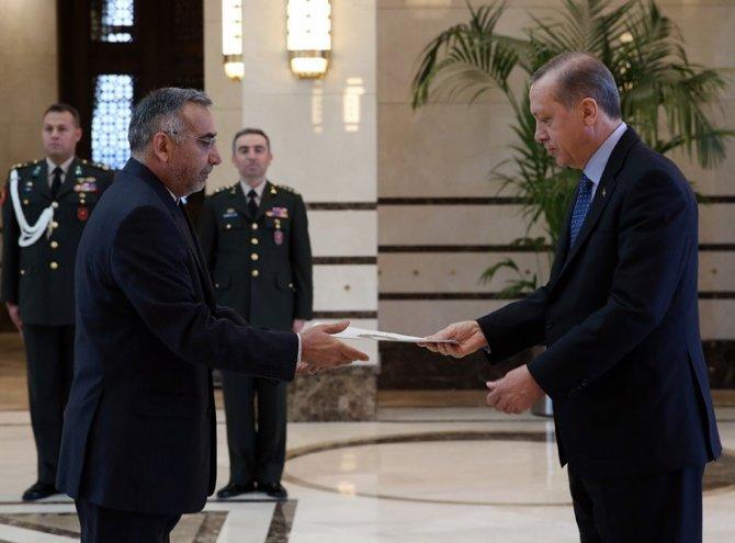Yabancı ülke büyükelçilerinden güven mektubu