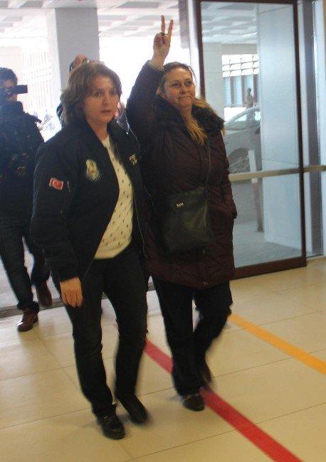 Sosyal Medyada 'Canlı Bomba' Paylaşımı Yapan Kadın Gözaltında