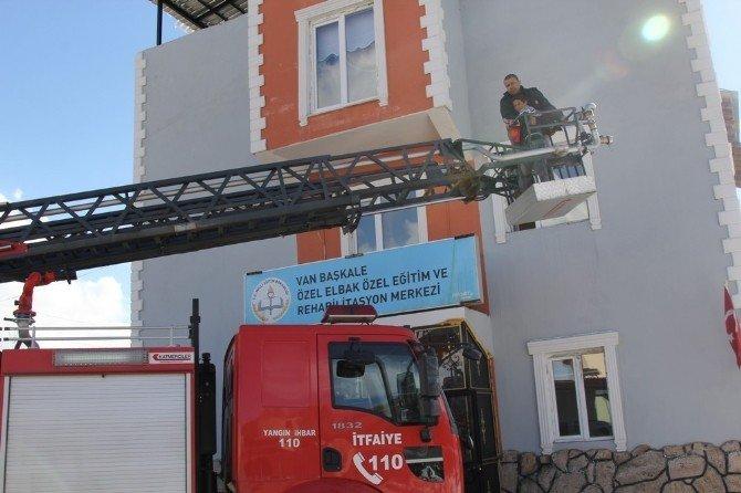 Başkale'de Yangın Ve Deprem Tatbikatı