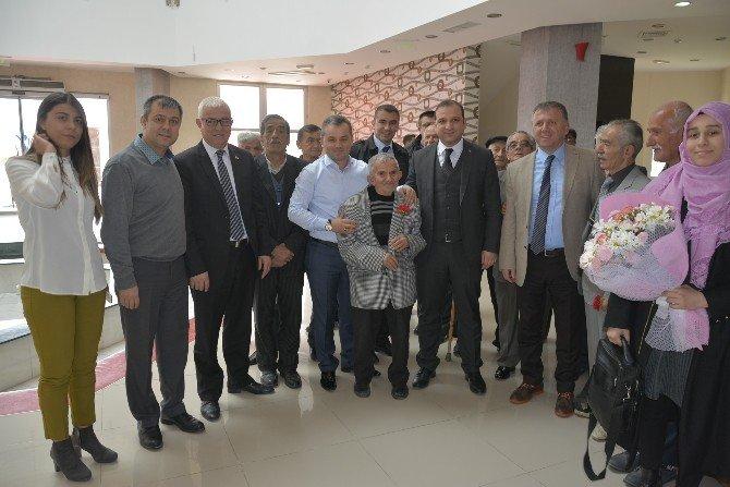 Huzurevi Sakinleri Fatsa'da Yemekte Bir Araya Geldi