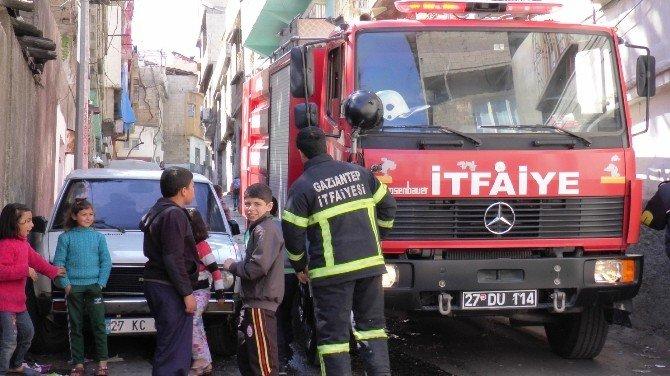 Yola Park Edilen Araçlar Yangına Müdahale Edilmesini Güçleştirdi