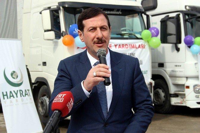 İlkadım Belediyesi'nden Bayır Bucak'a 5 Tır Dolusu Yardım