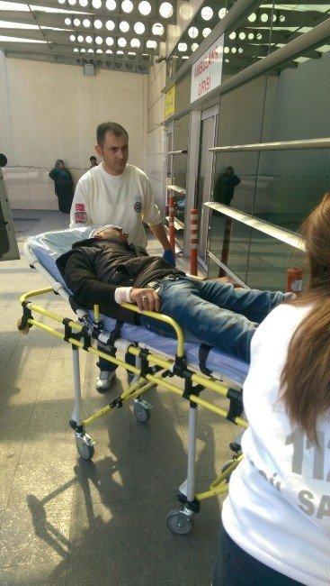 Tacettin Veli'de Bıçakla Kavga: 2 Yaralı