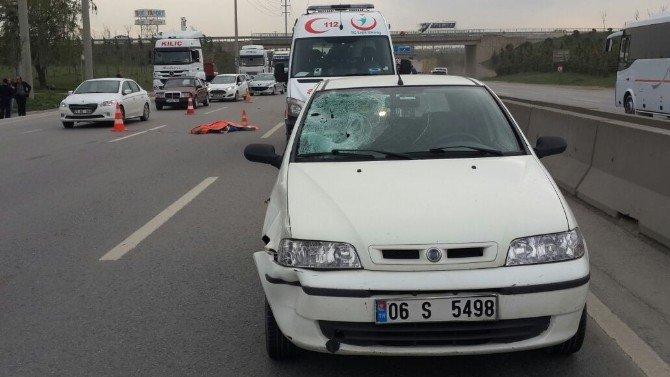 Yolun Karşısına Geçerken Otomobilin Çarptığı Kadın Öldü
