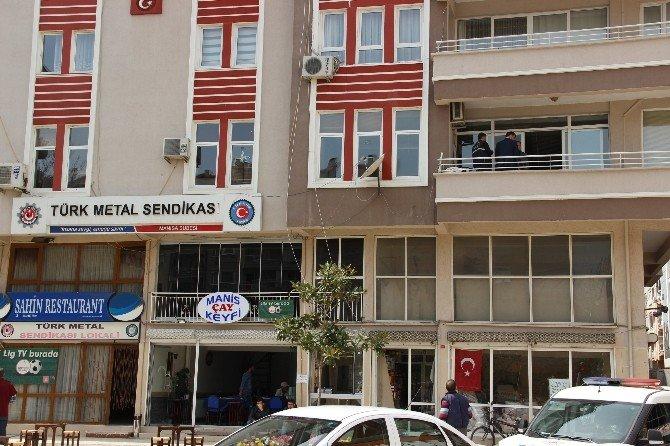 Sendika Binasına Havalı Tabancayla Saldırı