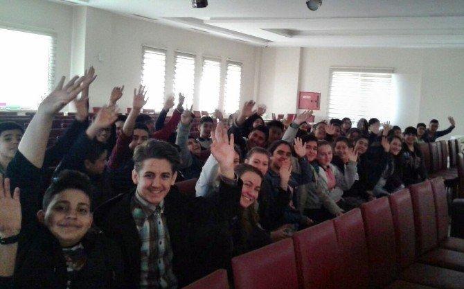 Söke'de TEOG Sınavı Öncesi Öğrencilere Motivasyon Semineri