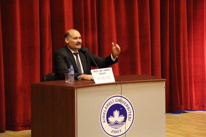 """""""Türkiye'yi Afrika'da Temsil Etmek"""" Konferansı Düzenlendi"""