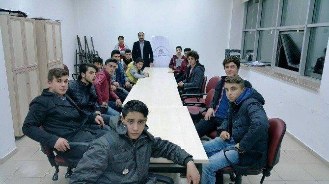 Gençlik Merkezinden Sosyal, Kültürel Ve Sanatsal Çalışmalar