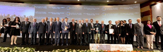Antalya Ticaret Ve Sanayi Odası'nın (ATSO) Geleneksel Ödülleri Verildi