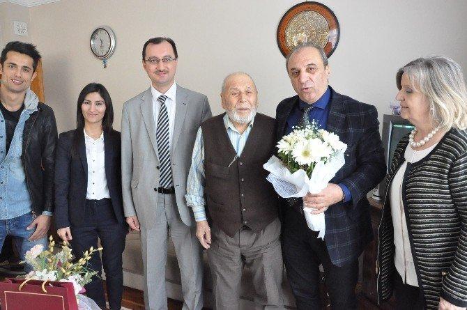 Darıca'da Yaşlılara Nezaket Ziyaretinde Bulunuldu