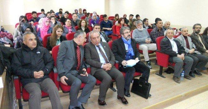 Edebiyat Fakültesi Panel Dizisi Devam Ediyor