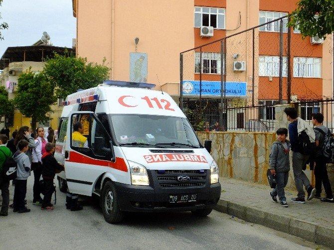 Aydın'da Tavuklu Pilav Yiyen 15 Öğrenci Zehirlendi