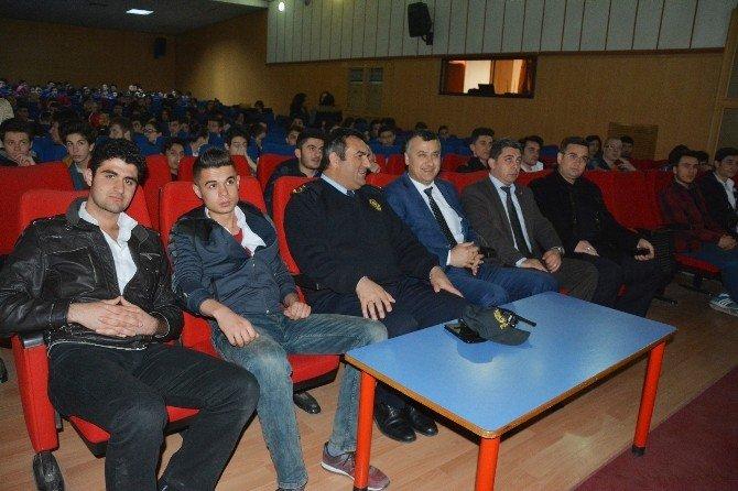 """Bafra'da Öğrencilere """"Terör"""" Semineri"""
