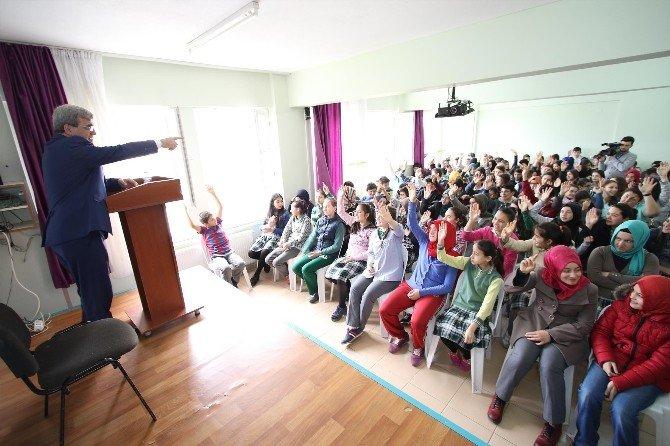 Başkan Akcan, Öğrencilerle Buluştu