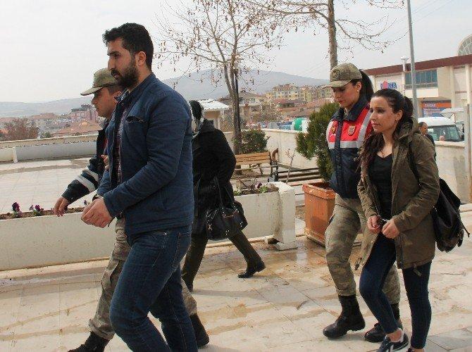 Elazığ'daki Terör Operasyonunda 3 Şüpheli Adliyeye Sevk Edildi