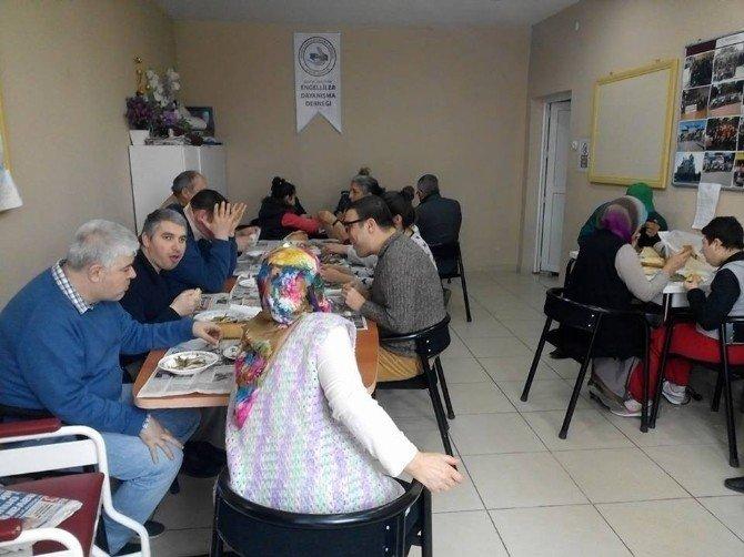 Bozüyüklü Engelliler İçin Hamsi Günü Etkinliği