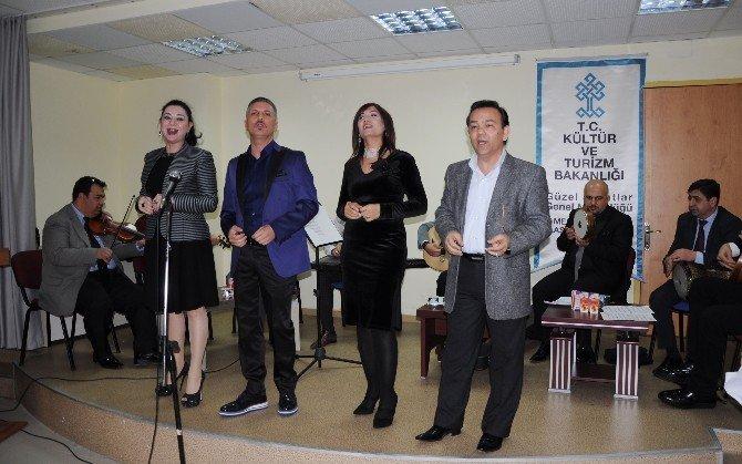 Yaşlılar Haftasında Sergi Açtılar Müzikle Kutladılar