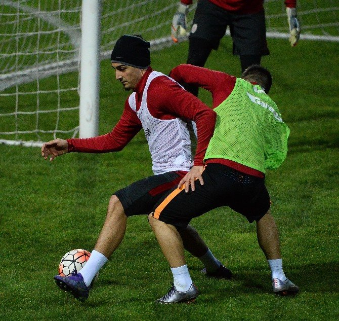 Galatasaray'da Eskişehirspor Mesaisi Başladı