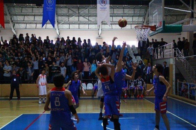 Gençler Basketbol Müsabakaları Tamamlandı