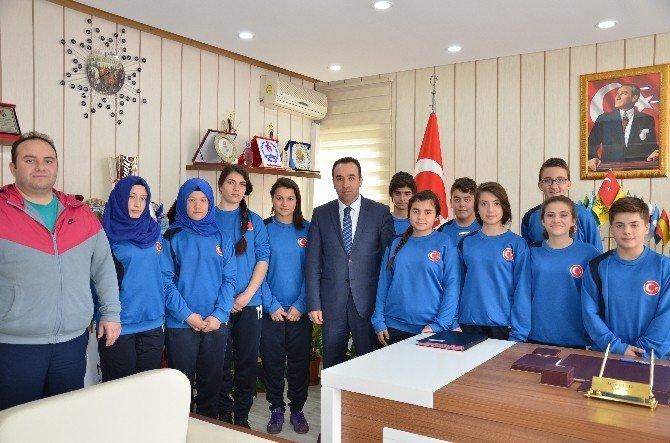 Bilecikli Halterciler Kırıkkale'ye Uğurlandı