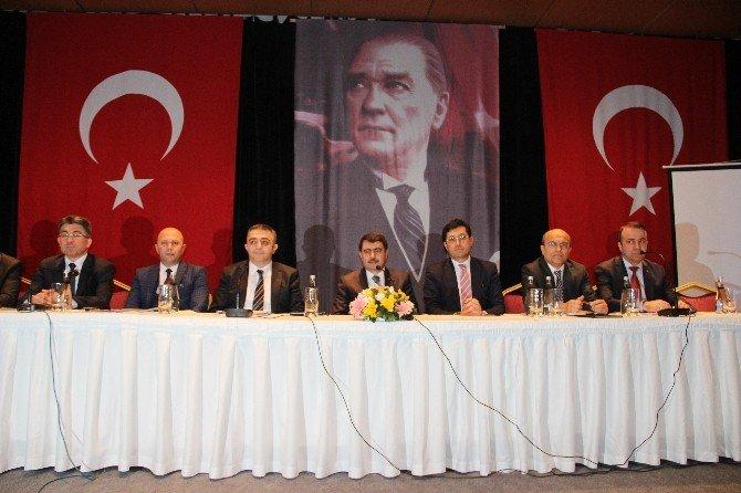 Vali Şahin, Teröre Karşı 'Birlik' Ve 'Beraberlik' Vurgusu Yaptı