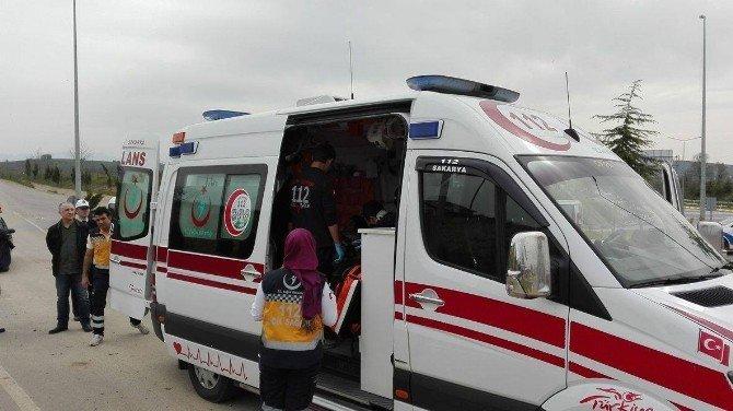 Sakarya'da Kaza: 3 Yaralı