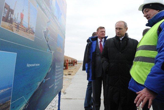Putin'in İnşa Ettiği Kırım Köprüsüne Türk Gemisi Çarptı